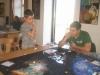 Korbi macht ein Einführungsspiel für Constable Junior