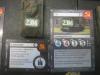 Zwei idente Marker kennzeichnen die Zusammengehörigkeit von Tank und Karten