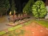 Die Lanziere rücken gegen das Dorf vor