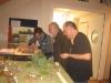 Die Schlendriane (links und rechts) präsentieren ihre Miniaturen
